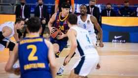 Kuric atacando ante el Zenit