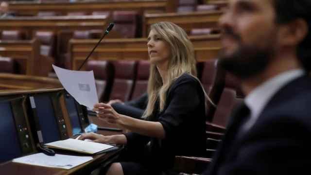 La exportavoz parlamentaria del PP, Cayetana Álvarez de Toledo, y Pablo Casado en el Congreso.