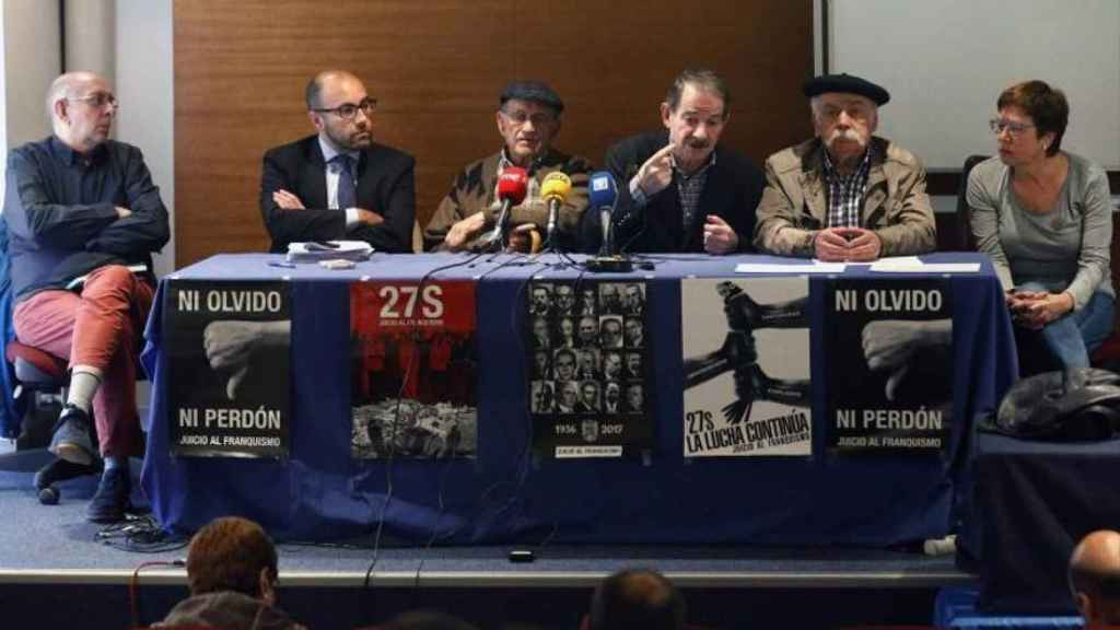 Gerardo Iglesias, en la rueda de prensa de presentación de la querella, en 2018./