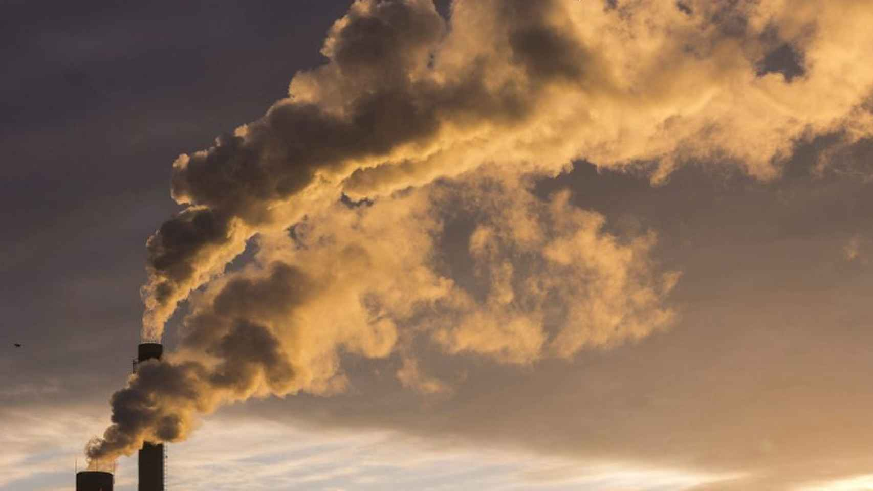 Expertos piden un cambio estructural para reducir las emisiones de C02.