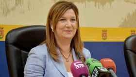 La concejala de Artesanía, Turismo y Comercio, María Jesús Pérez, del ayuntamiento de Talavera