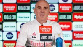 Bettoni, ayudante de Zidane, analiza en rueda de prensa la derrota del Real Madrid ante el Levante