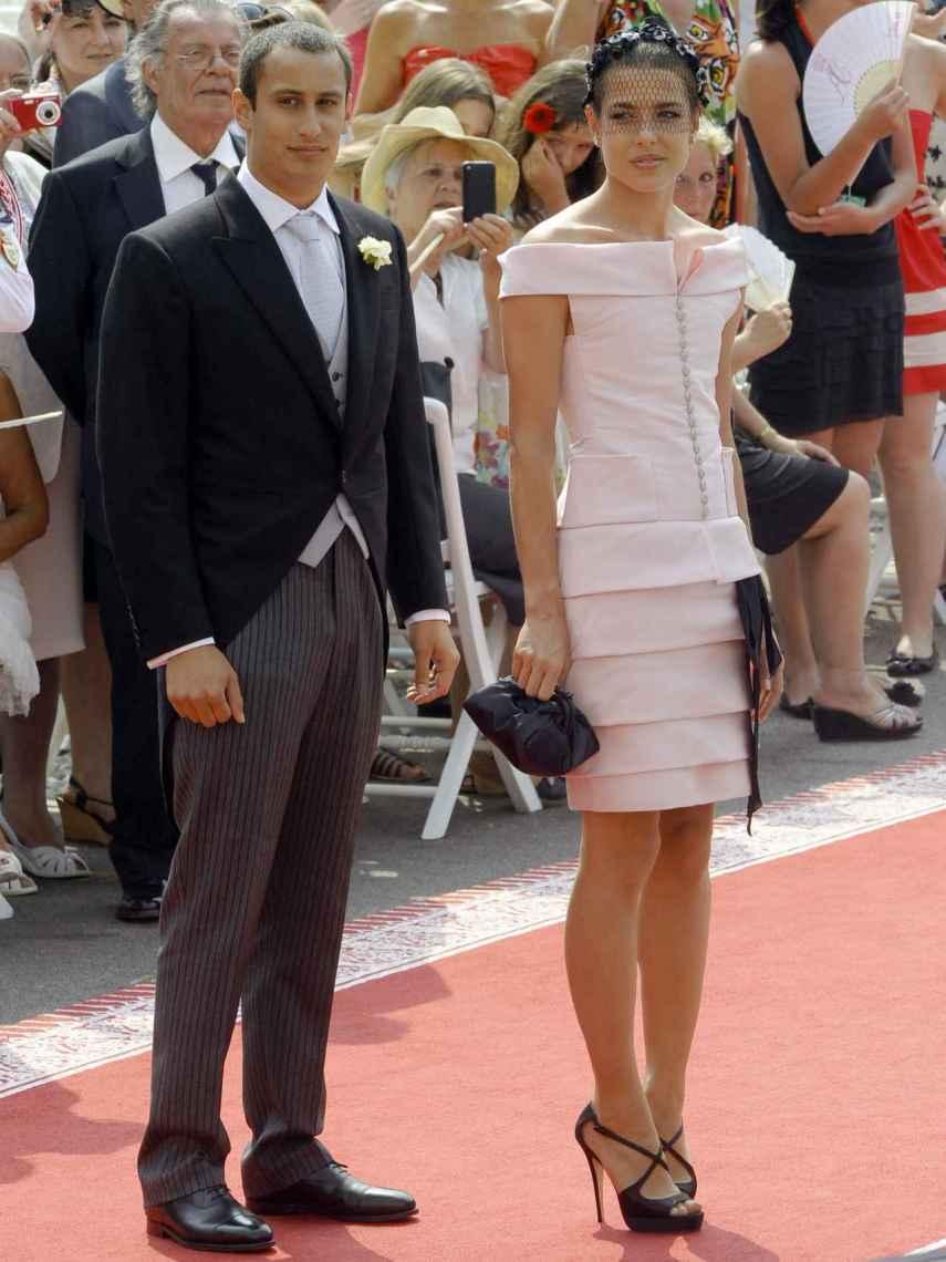 Carlota Casiraghi vestida de Chanel en la boda de Alberto de Mónaco.