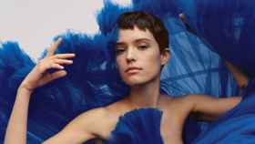 Natural, sencillo y favorecedor: así es el maquillaje inspirado en la colección de Armani.