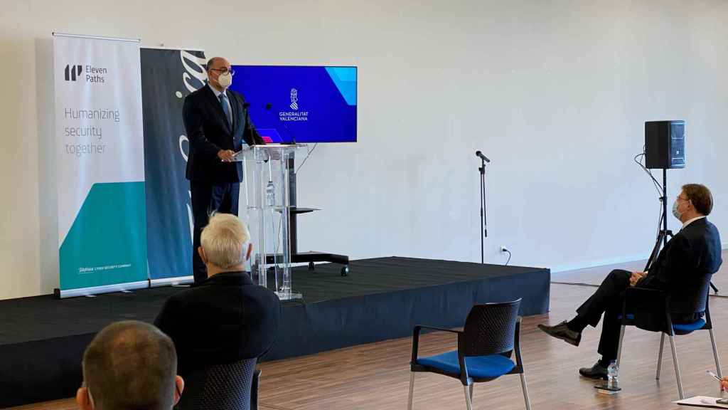El presidente de Telefónica España, Emilio Gayo, durante su intervención.