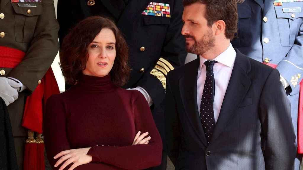El presidente del PP, Pablo Casado,con la presidenta de Madrid, Isabel Díaz Ayuso.
