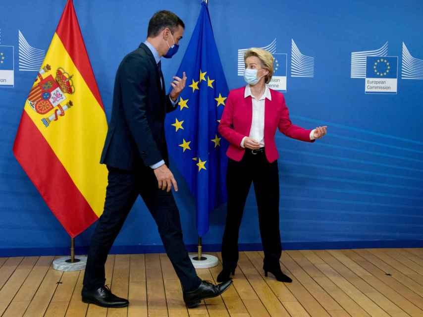 Pedro Sánchez y Ursula von der Leyen, durante su última reunión en Bruselas