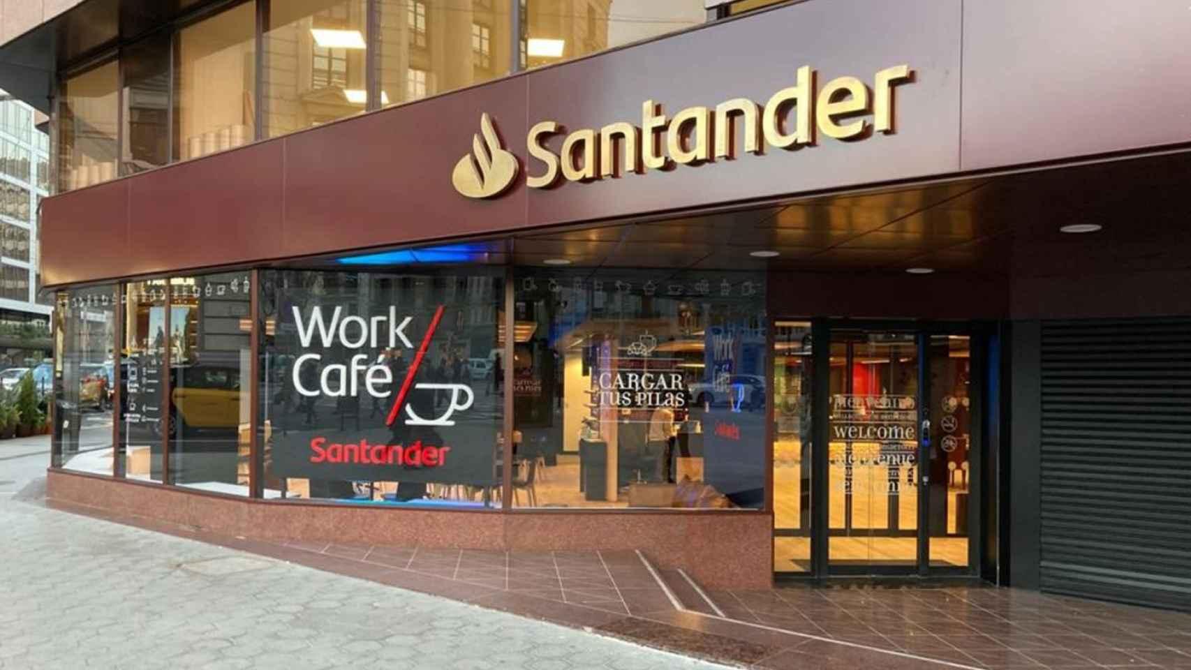 Una oficina Work Café de Banco Santander.