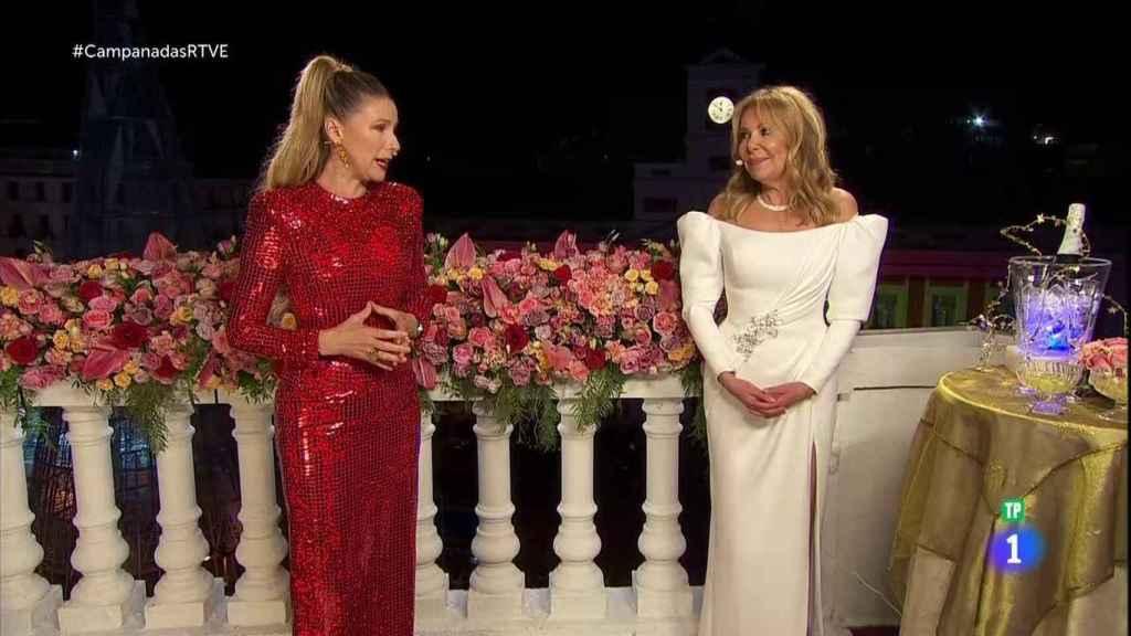 Anne Igartiburu y Ana Obregón, en las campanadas de TVE.