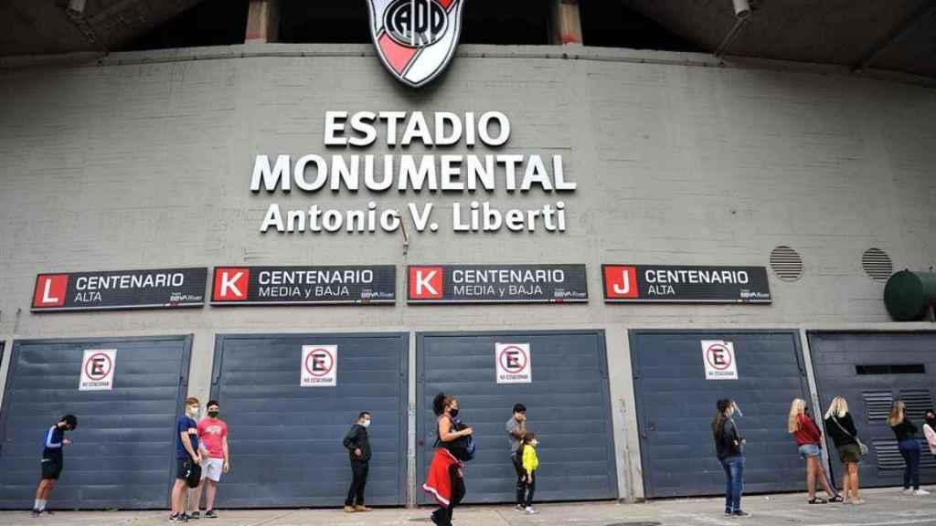 El Monumental de River Plate es otro de los grandes estadios deportivos cedidos para vacunar contra la Covid-19.