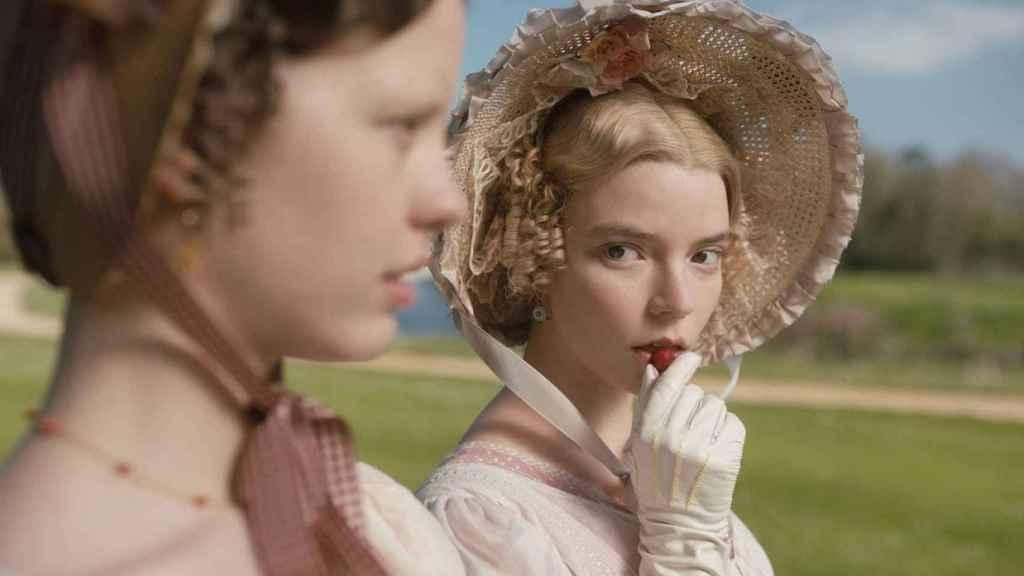 Taylor-Joy también es la última heroína de Jane Austen en 'Emma'.