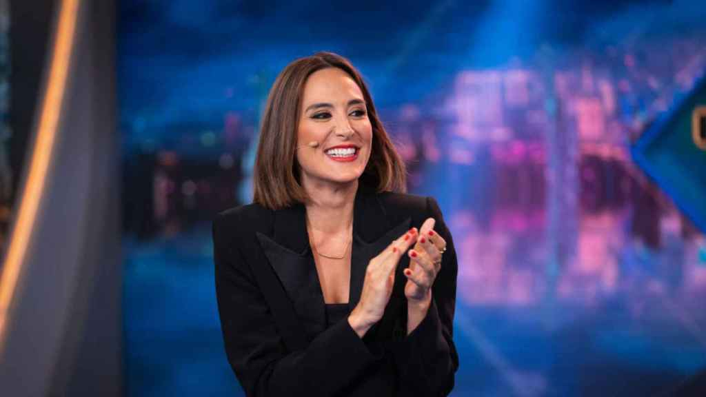 Tamara Falcó colabora en 'El hormiguero' y forma parte del jurado de 'El desafío'.