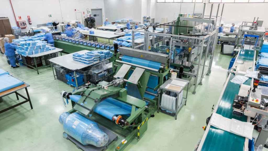 Interior de la planta de producción de Cardiva en el Parque Tecnológico de Málaga