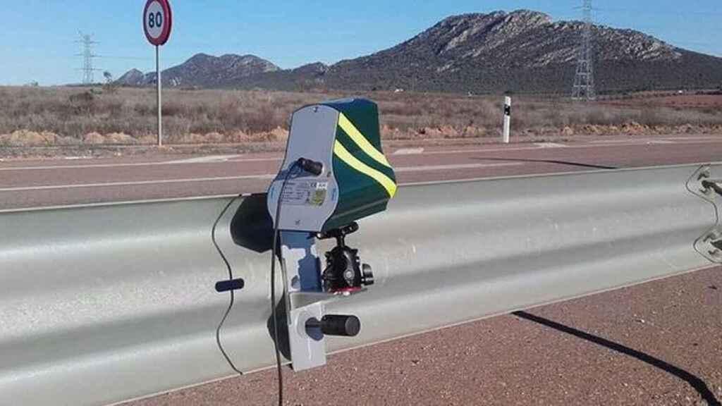 Las carreteras, blindadas por la DGT: estos serán los radares y drones que pondrán en liza este 2021