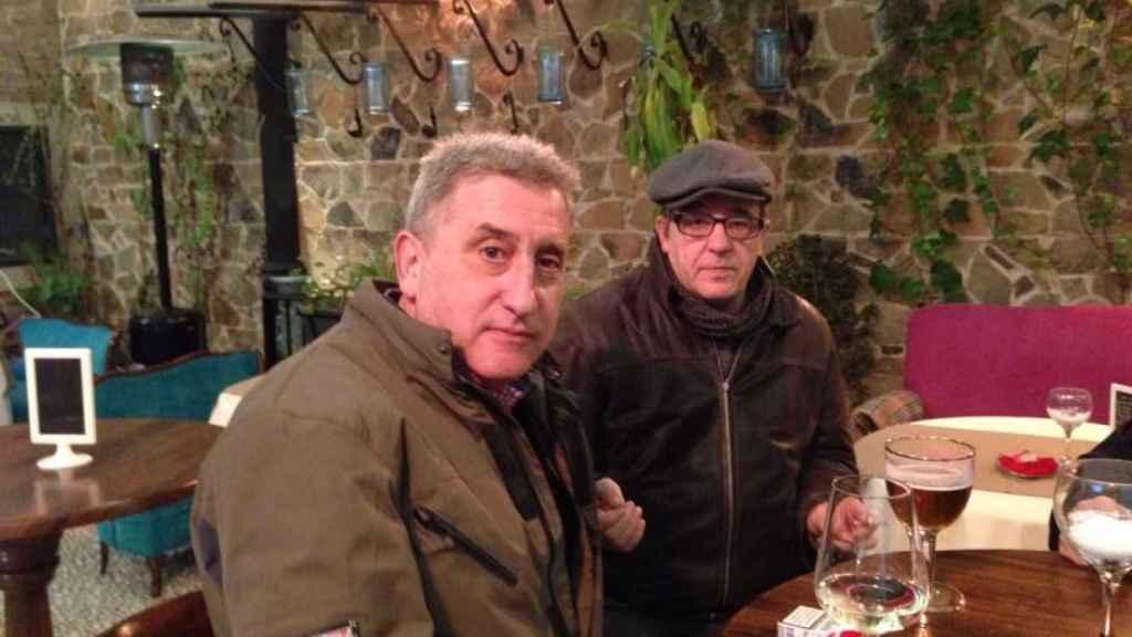 Eduardo Estébanez, nieto de Mónico y el  periodista Manuel Valero, autores de 'El rayo indomable'