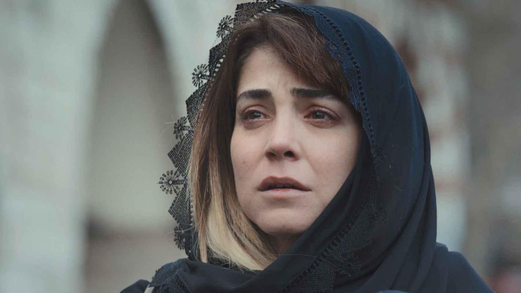 Avance en fotos del capítulo 48 de 'Mujer' que Antena 3 emite este lunes 8
