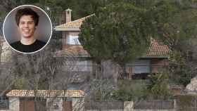 El Rubius, junto a su casa en Madrid, en un fotomontaje de JALEOS.