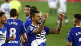 Joselu celebra su gol frente al Real Valladolid