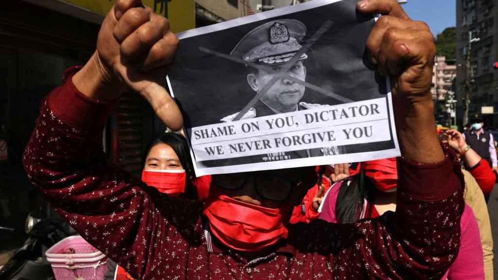 Manifestaciones contra la junta militar en Birmania.