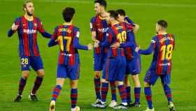 Los jugadores del Barça celebran un gol ante el Real Betis