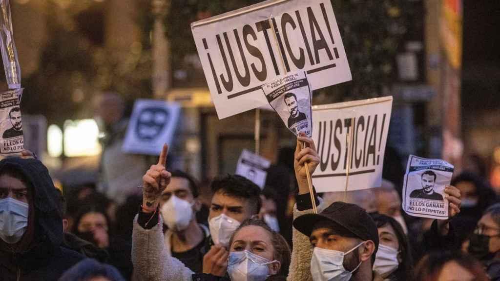 Concentración en apoyo al rapero Pablo Hásel en Madrid.