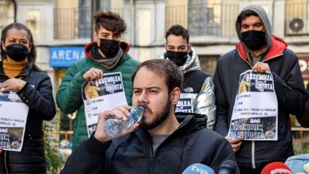 El rapero Pablo Hasel durante la rueda de prensa que ofreció hace una semana en Lleida.