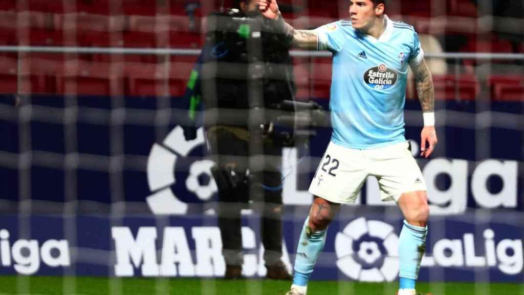 Santi MIna celebra su gol al Atlético de Madrid