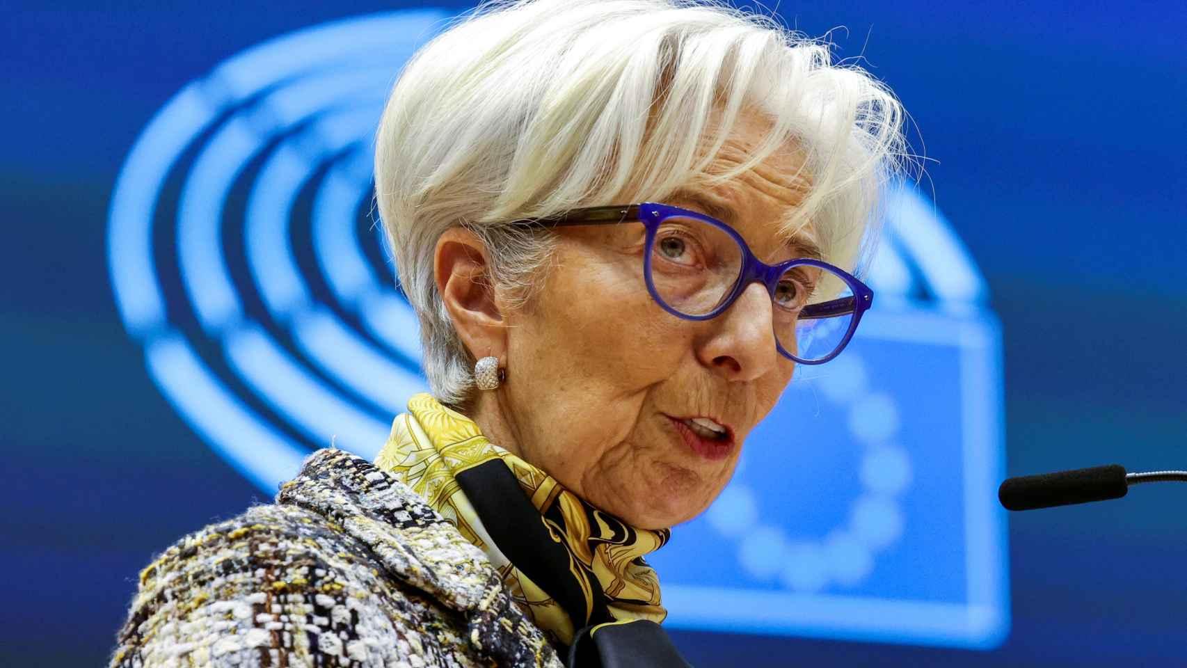La presidenta del BCE, Christine Lagarde, durante su comparecencia en la Eurocámara este lunes