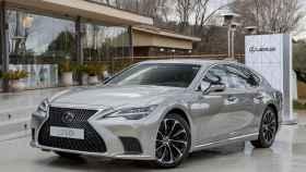 El actualizado Lexus LS en su versión 500h.