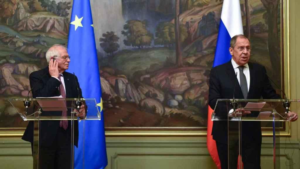 Josep Borrell y Sergei Lavrov, durante su rueda de prensa del viernes