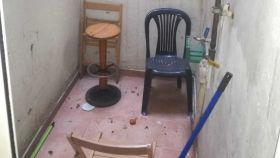 El interior de la vivienda donde residieron dos de los yihadistas detenidos.