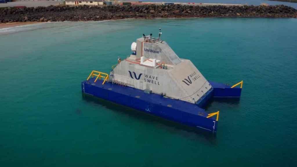 Planta generadora de electricidad por olas