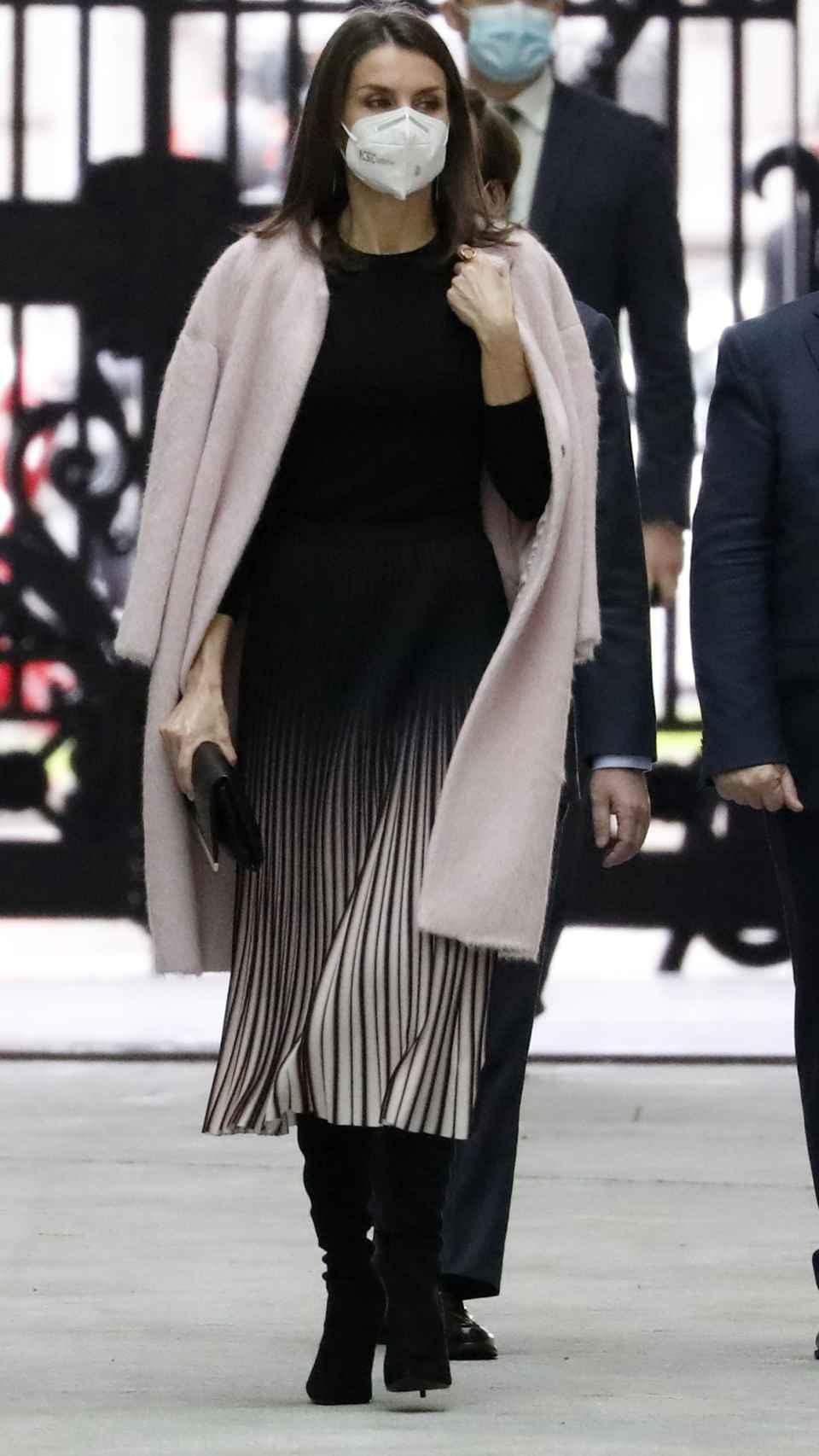 El abrigo de Carolina Herrera de Letizia.