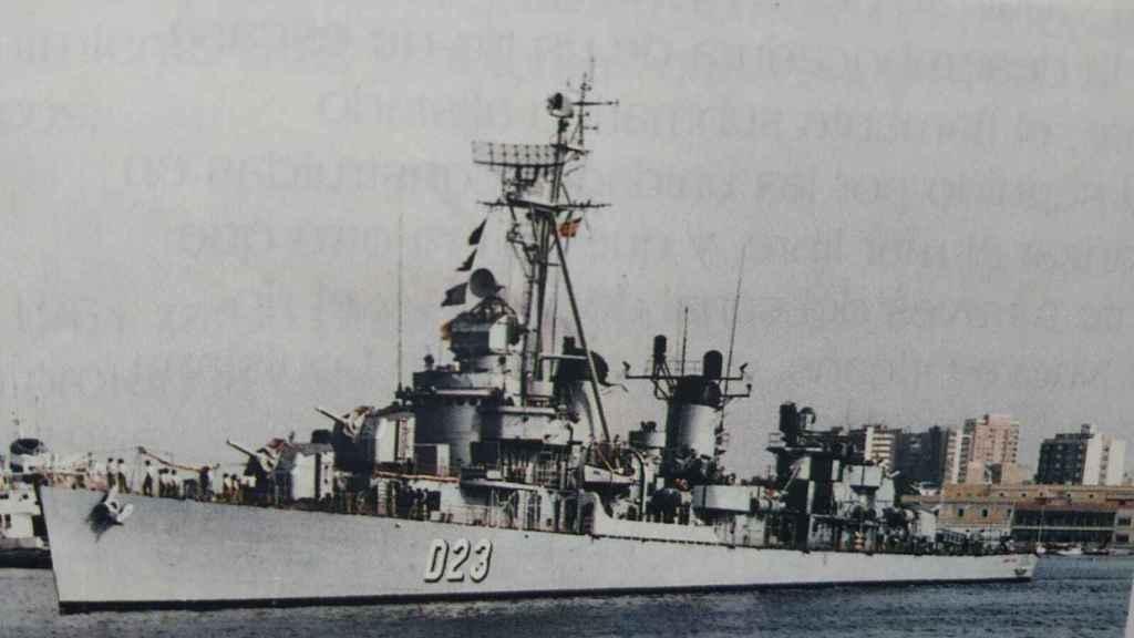El destructor Almirante Valdés donde zarpó el cartagenero Alberto García Martínez.