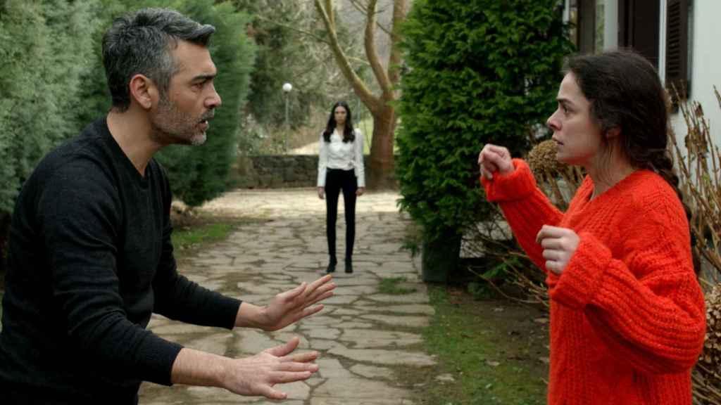 Avance del capítulo 49 de 'Mujer' que Antena 3 emite este miércoles 10
