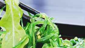 Ensalada con wakame.