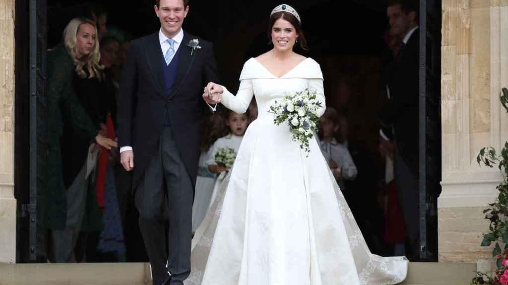 La princesa Eugenia de York y Jack Brooksbank el día de su boda.