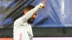 Celebración de Karim Benzema tras marcar