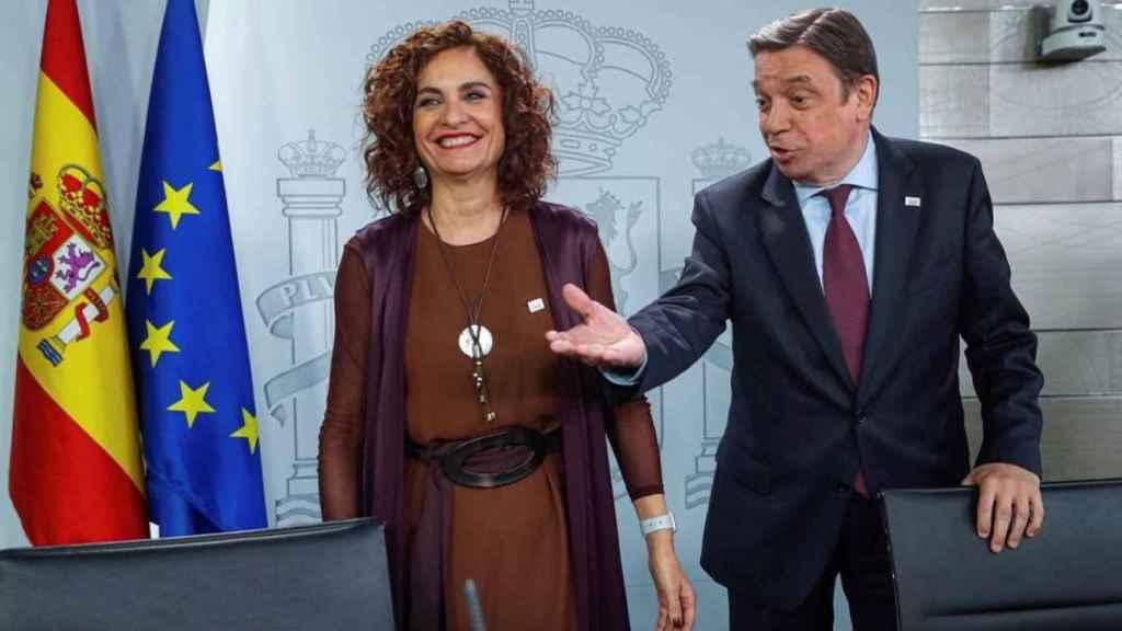 Los ministros María Jesús Montero y Luis Planas en una imagen de archivo.