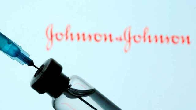 Un vial de la vacuna de Janssen contra la Covid.