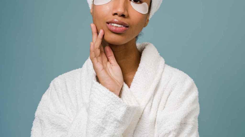 Parches de colágeno y ácido hialurónico: el cosmético favorito de las 'celebrities'.