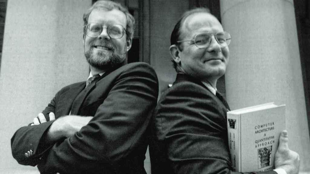 Los profesores John Hennessy y David Patterson.
