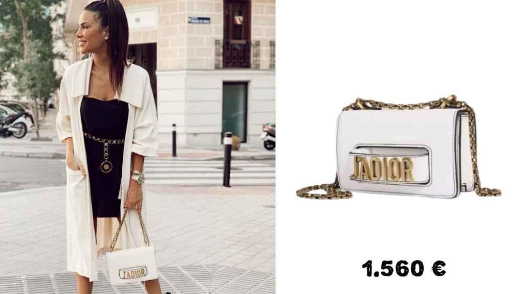 Carla, con un bolso blanco de J'adior, que cuesta 1.560 euros.