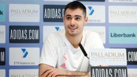 Alberto Abalde, en rueda de prensa con el Real Madrid de Baloncesto