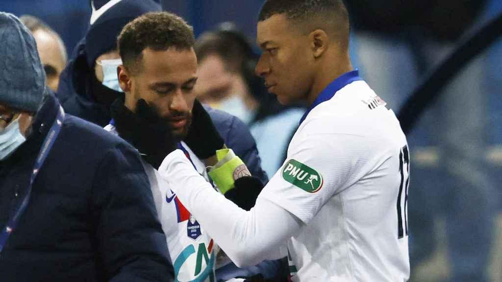 Kylian Mbappé anima a Neymar tras su lesión