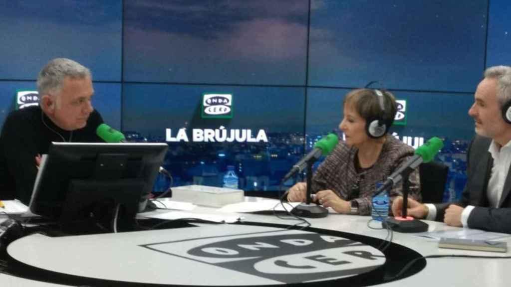 Juan Ramón Lucas, María Luz de los Mártires (Comunidad de Madrid) y Pablo Sánchez (Accenture).
