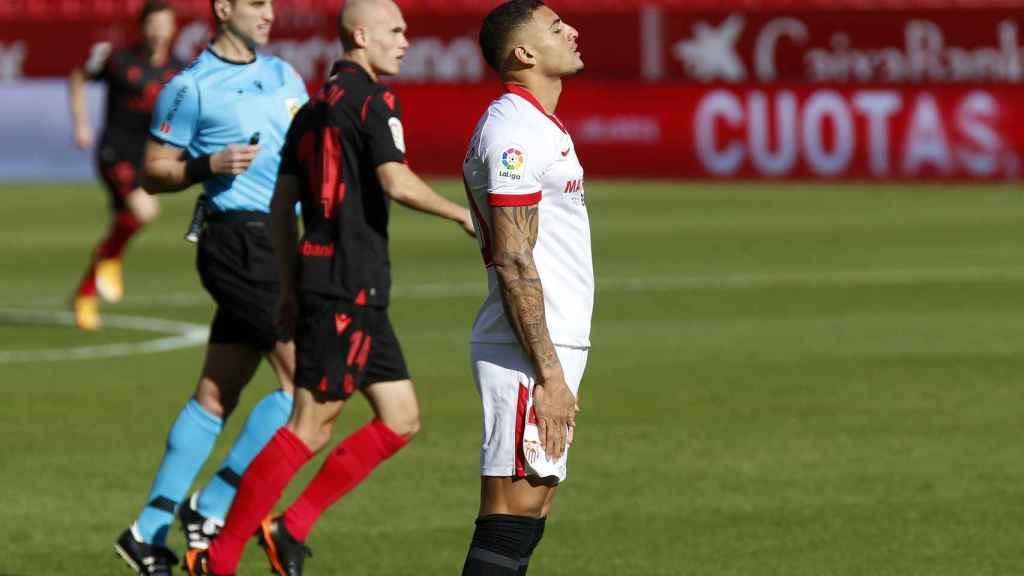 Diego Carlos durante un partido del Sevilla