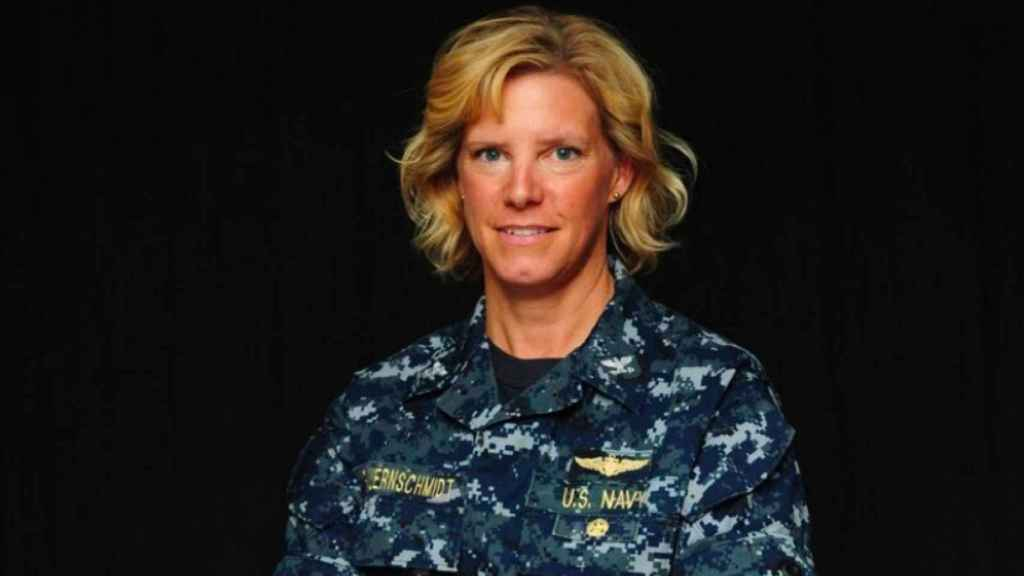 La comandante Amy Bauernschmidt.