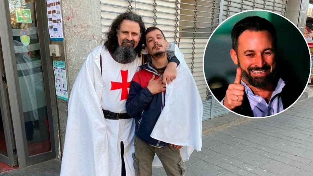 Un inmigrante marroquí y un cruzado medieval posan en la puerta de un bar de Salt