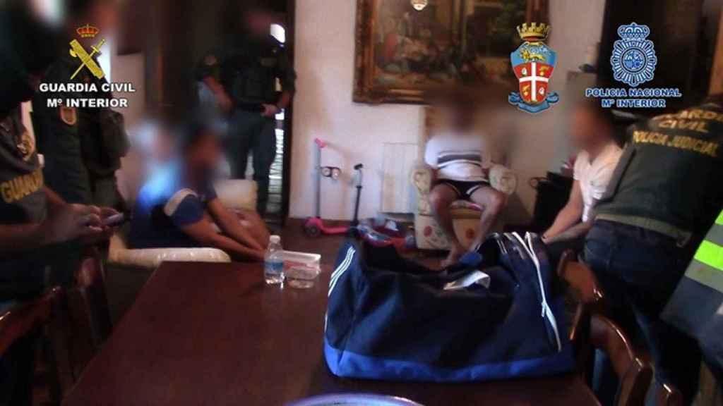 La organización de Sarro alquiló un hotel rural en Jimena de la Frontera (Cádiz) por 8.000 euros mensuales.